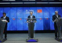 MIGRANTI/Mauro: Renzi riferisca su accordo Ue-Turchia