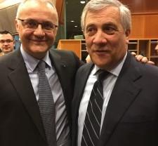 Ue: Mauro, ha ragione Tajani, più Italia in Europa