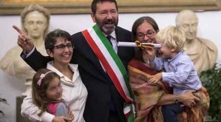 unioni_civili_renzi_legge_alla_tedesca_sindaco_di_roma_registra_16_nozze_gay-0-0-420776